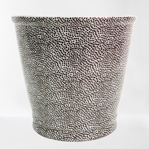 Serengeti Planter